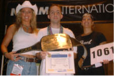 Photos/2004SummerNAMM/Sam_LeCompte.JPG